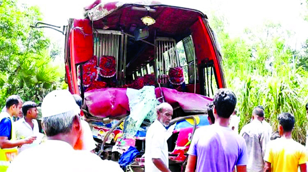 Four people were killed and 30 others injured in a head-on collision between two buses at Salendar Bhutpara on Thakurgaon-Panchagarh Highway on Thursday.
