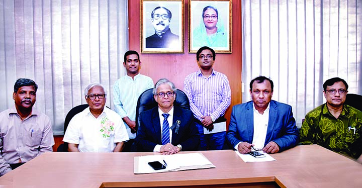 Two PhD researchers of Dhaka University (DU) have been awarded AKM Abdul Hamid and Begum Selima Jahan Memorial Research Scholarship for outstanding PhD. research. DU VC Prof Dr Md Akhtaruzzaman distributed scholarships among the researchers as Chief Guest at a function at VC's Lounge of the University yesterday.