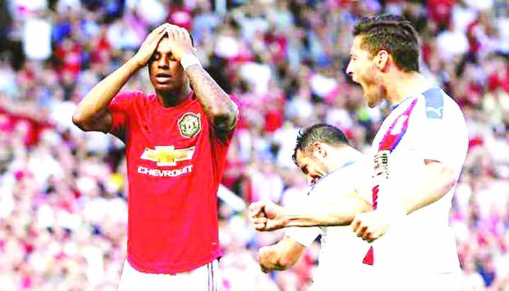 Solskjaer condemns racist abuse of Rashford as Palace stun Man Utd