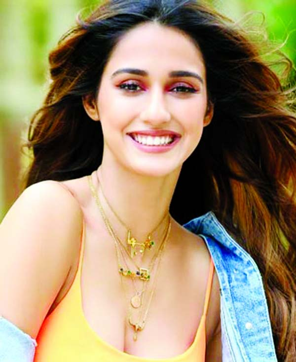 Disha Patani shares her   first YouTube Vlog