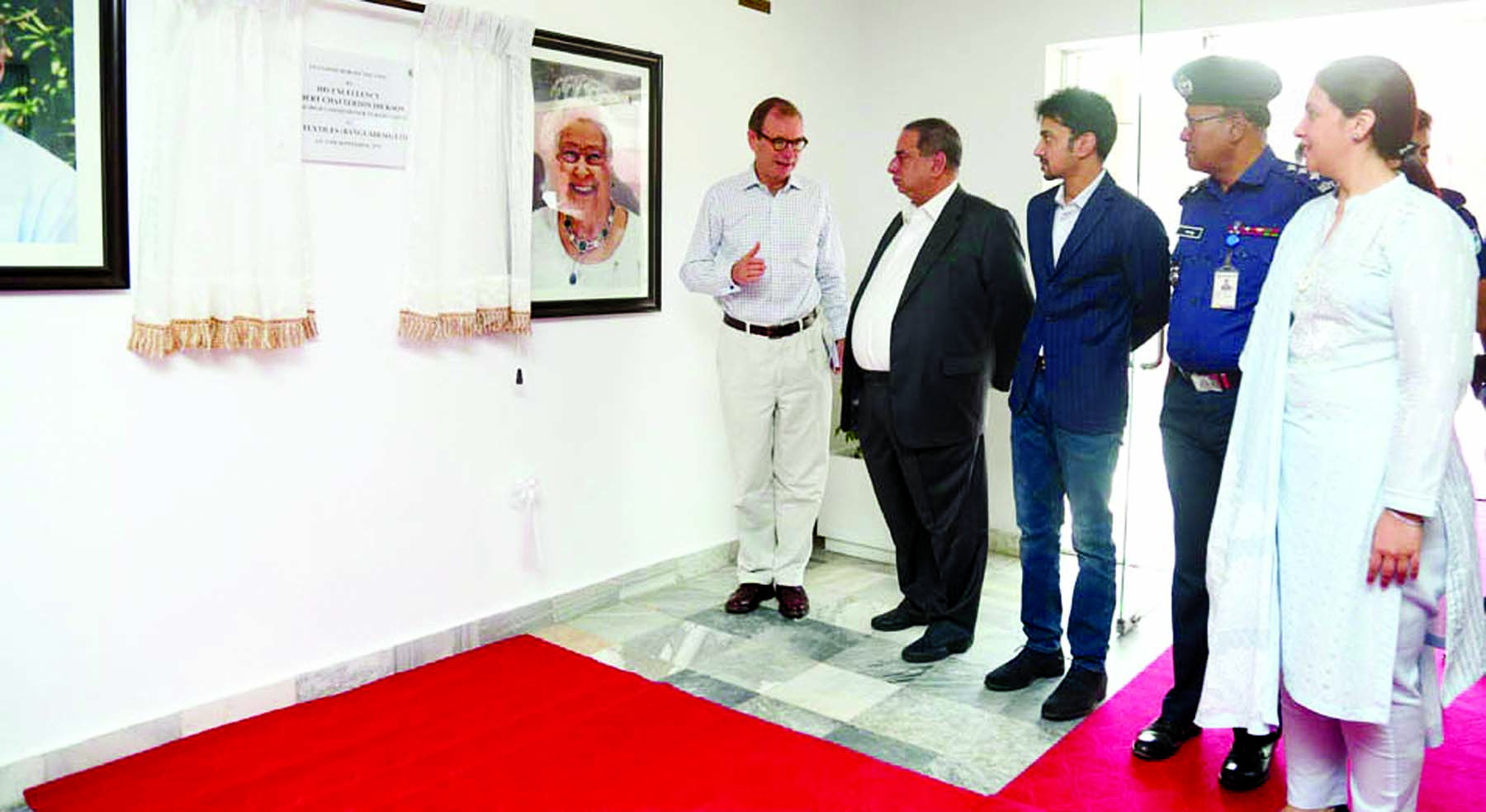 British High Commissioner to Bangladesh  Robert Chatterton Dickson and his wife Ms Teresa Albor  visited  ACS Textiles (Bangladesh) Ltd at Tetlabo, Rupgonj in Narayangonj on Wednesday.