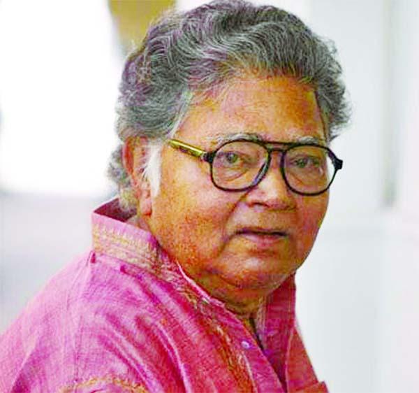 Poet and novelist Sunil Gangopadhyay