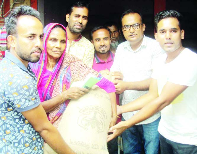 SAGHATA (Gaibandha): Selling of rice at Tk 10 per kg was inaugurated  at Saghata  in Gaibandha recently.