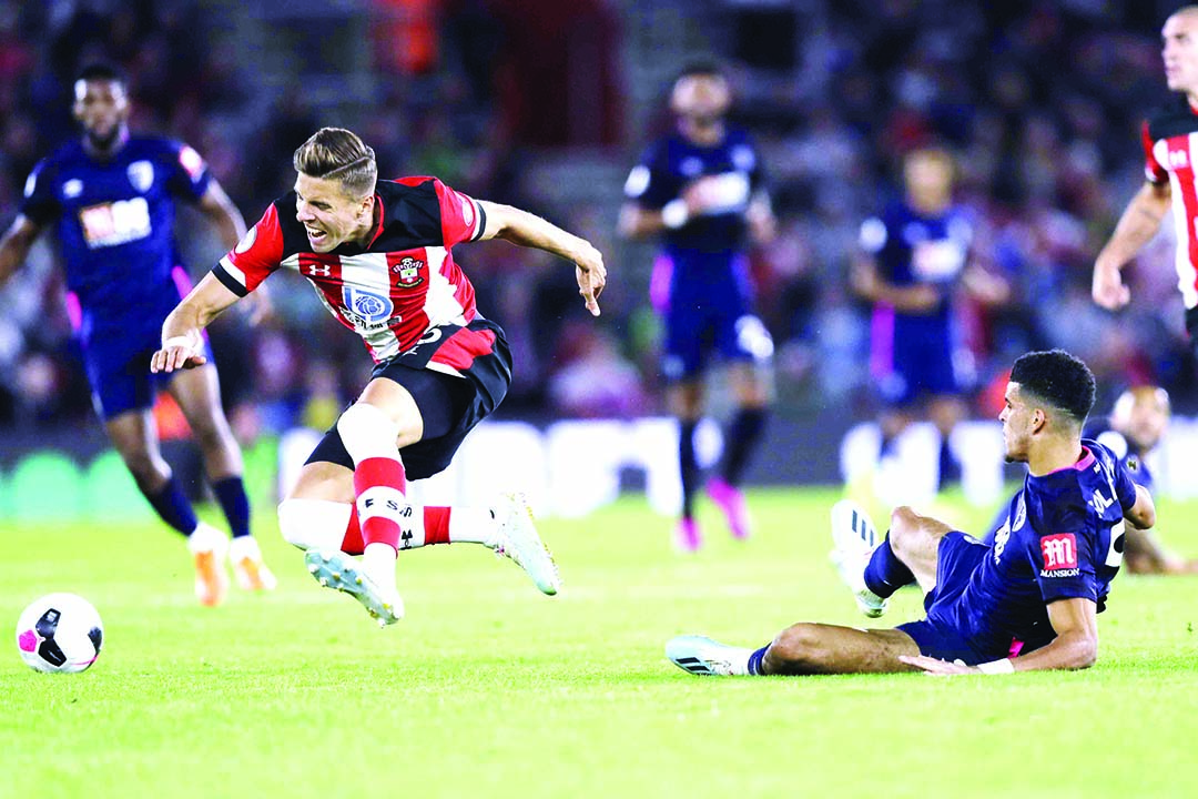 Bournemouth up to third after sinking Southampton