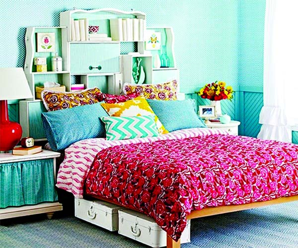 Simple hacks to beautify  bedroom space