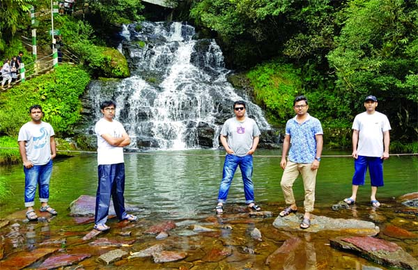 Meghalaya: The Abode of Clouds and Waterfalls