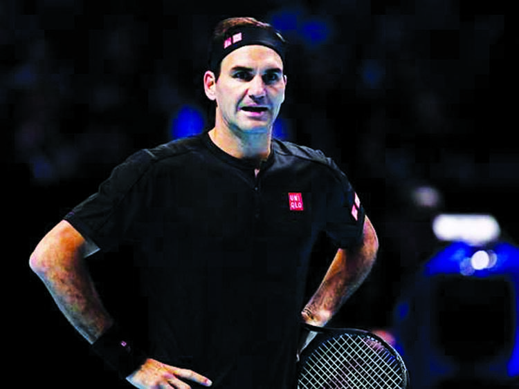 Federer faces early exit at ATP Finals after Thiem defeat