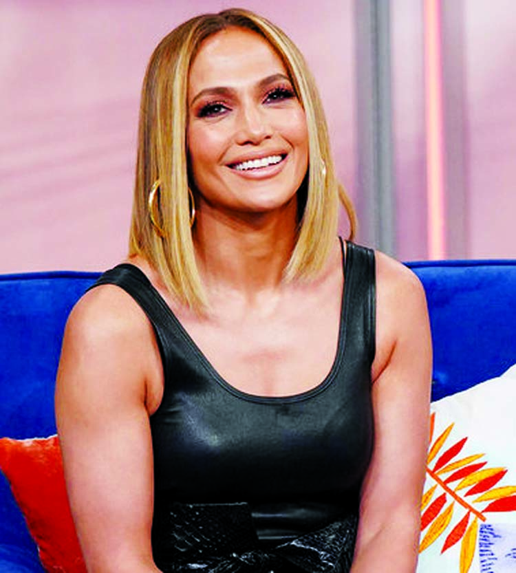 I didn't get a whole bunch of money: Jennifer Lopez
