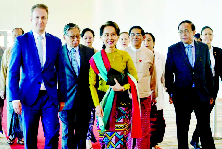 Suu Kyi to appear in person: 20-men BD team to join