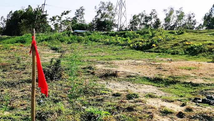 BWDB constructing barrage without  land acquisition in Chakoria
