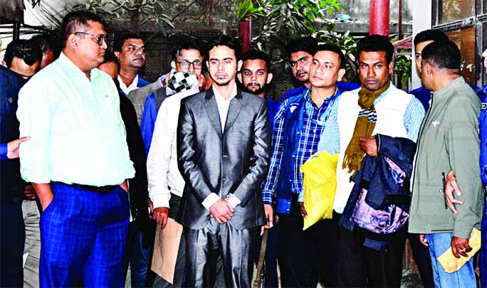 Anti-Corruption Commission (ACC) arrested 13 persons including former PWD Executive Engineer Md Masudul Alam from Dhaka's Segunbagicha area on Thursday over the alleged graft charges in the Rooppur Nuclear Power Plant (RNPP) housing project in Pabna.
