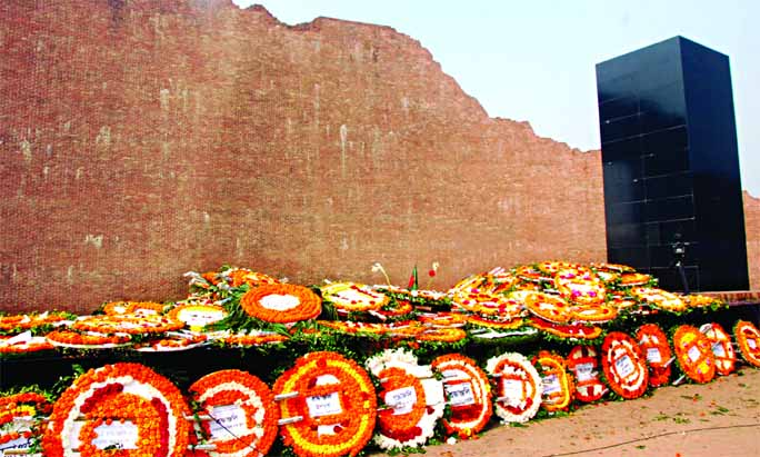 Tributes paid to martyred intellectuals by placing wreaths at the Rayerbazar memorial in city's Mohammadpur marking the Martyred Intellectuals' Day on Saturday.