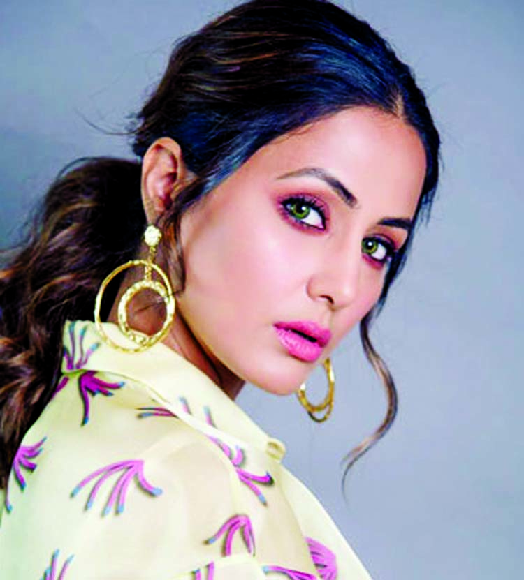 Special debut for Hina Khan in Bollywood