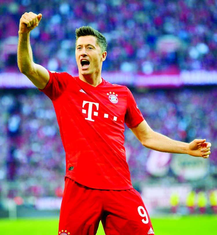 Lewandowski strikes again as Bayern go second in Bundesliga