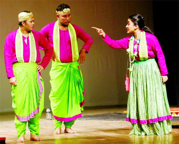Padatik Nattya Sangsad's Gunjan Bibir Pala staged