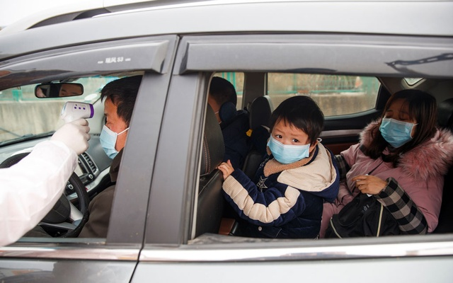China virus death toll passes 100 as US, Canada issue travel warning