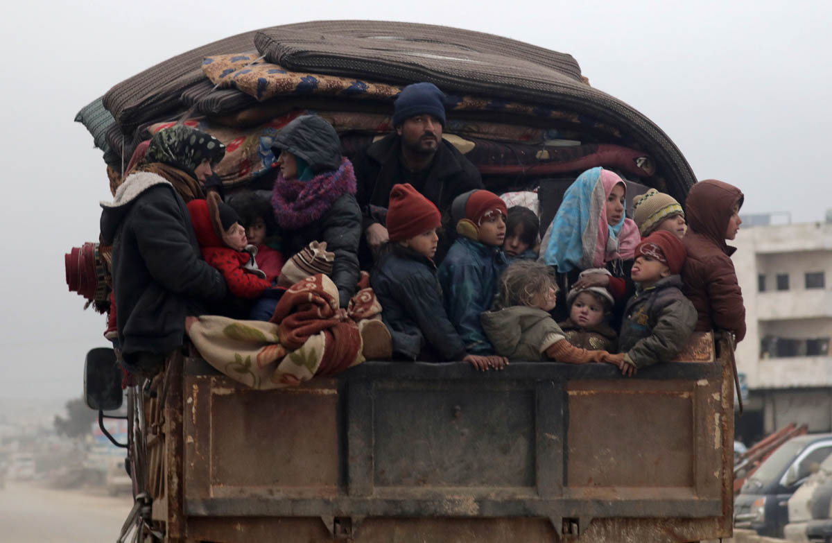 800,000 Syrians have fled in three months
