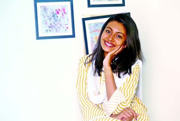 Singer Nandita's success as model