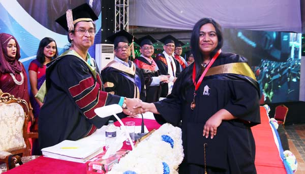EWU 19th Convocation calls for spirit of freedom