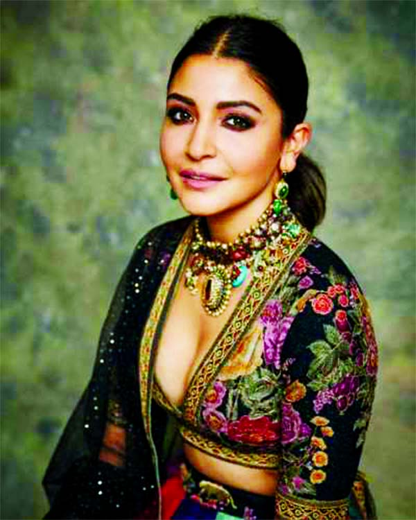 Anushka pulls out the gold in her wardrobe