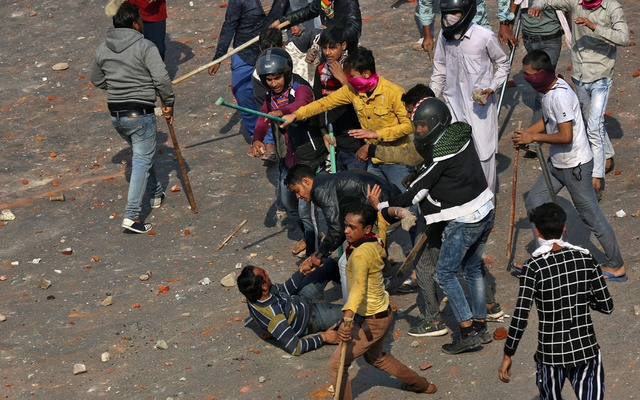 Toll rises to 19 from violence in Indian capital: hospital official