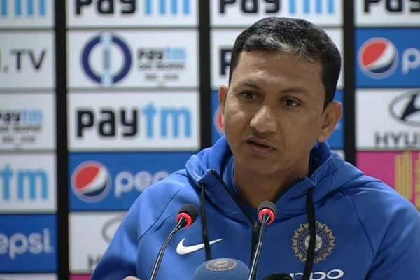 Bangladesh look to rope in former India batting coach Sanjay Bangar for Tests