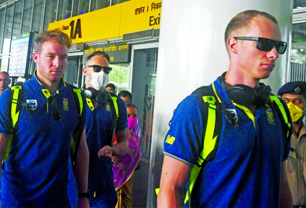 South African cricketers in self-isolation