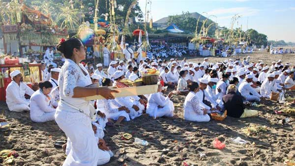 Fears Bali will emerge as Indonesia's coronavirus hotspot