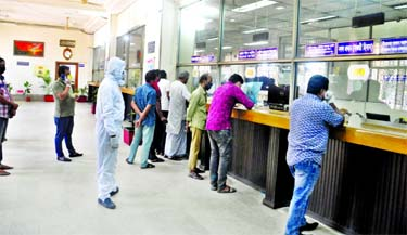 Branches of commercial banks opened after the weekend attracted smaller customer turnout amid coronavirus scare. This snap was taken from Sonali Bank's local office on Sunday.