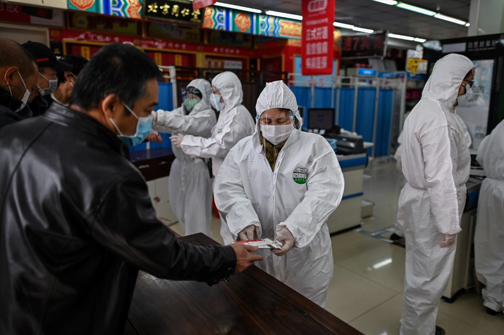 Wuhan official preaches vigilance as China plans to mourn coronavirus `martyrs`