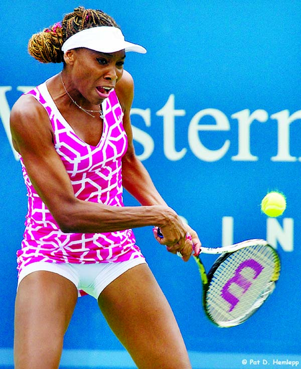 Venus Williams inviting others to join her virtual workouts