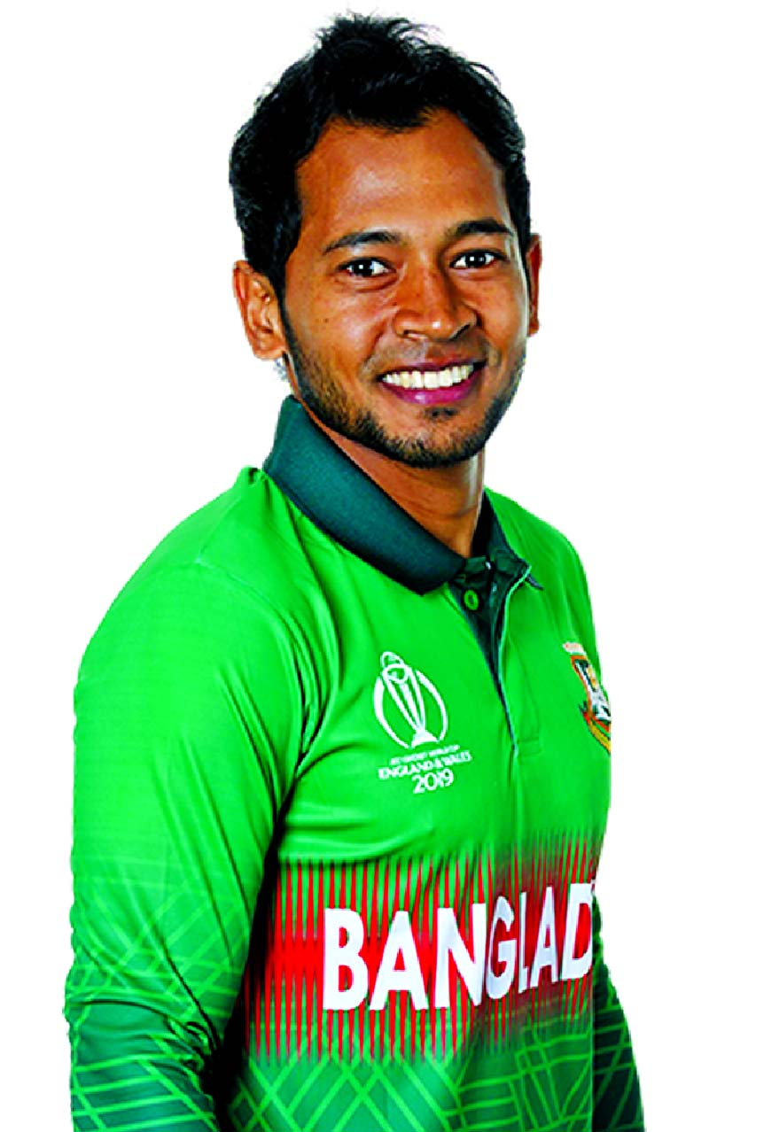 Mushfiqur stands by wheel chair cricketers