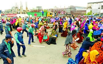 Garment workers demand wages, bonuses in Dhaka protests