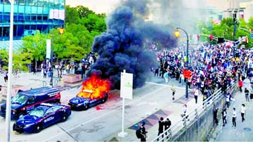 Clashes as protests spread across US