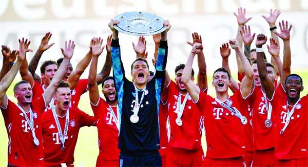 Gladbach reaches Champions League, Dusseldorf relegated