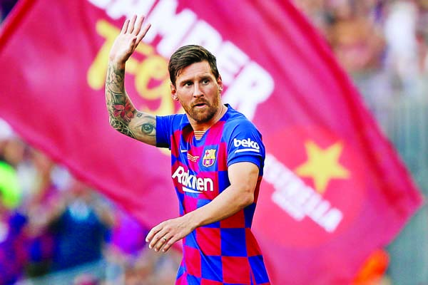 Messi doubts reflect chaos at Barcelona