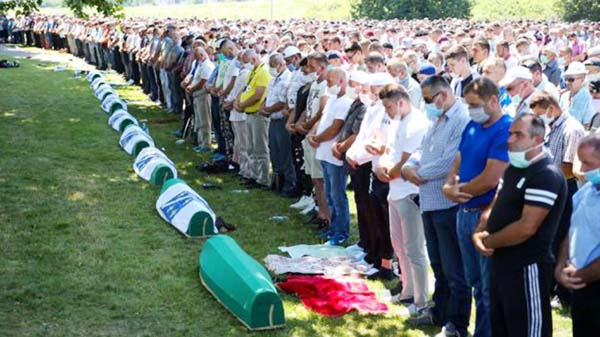 Srebrenica Bosnia marks 25 years since massacre