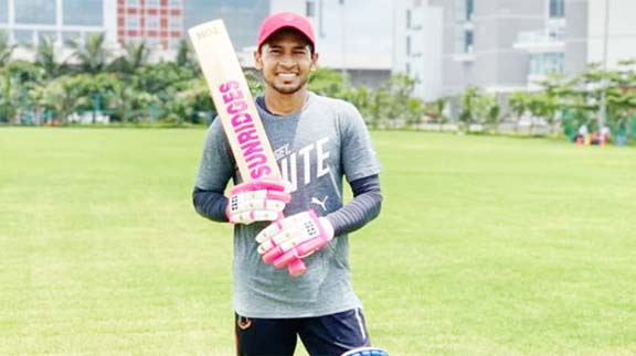 National cricketers start outdoor training session