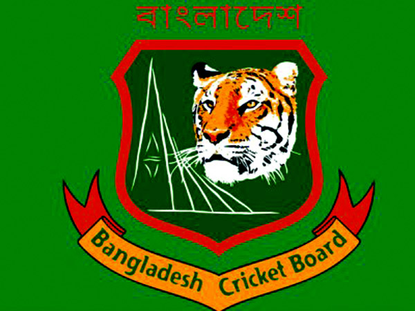 Soumya Sarkar & female cricketers join individual training programme