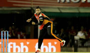 Shakib's presence could have made Hyderabad favourite in IPL: Harsha Bhogle