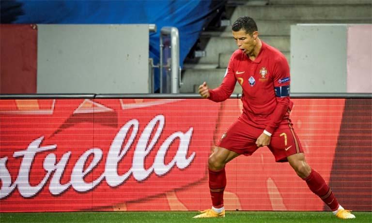 Ronaldo's record 100 goals in Portugal's 2-0 win over Sweden