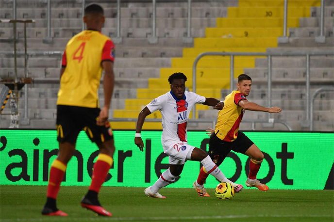 Virus-hit PSG kick off title defence with shock defeat at Lens