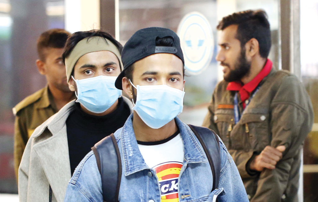 Bangladesh records 1,567 new virus cases, deaths top 4,900