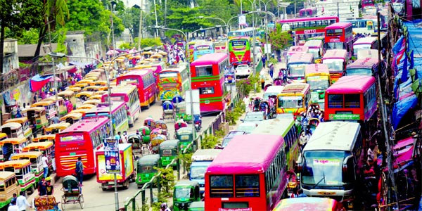 A large number of vehicles regularly get stuck at the road adjacent to Golapshah Mazar in the capital due to disorder in traffic management. This photo was taken on Sunday.