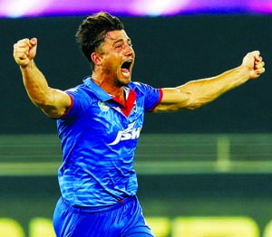 Stoinis stars in Delhi's super over IPL win