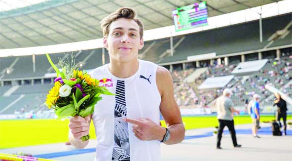 Duplantis claims victory at Diamond League meet in Doha