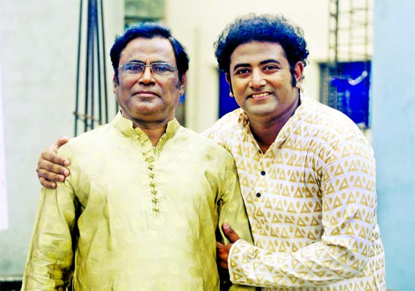 Father-son's less heard Nazrul song released