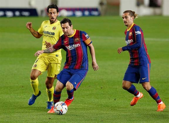 Messi scores in first game since transfer dispute as Barca thump Villarreal