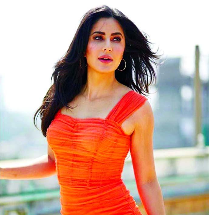 Katrina Kaif is back on the film set, shares a sneak peek
