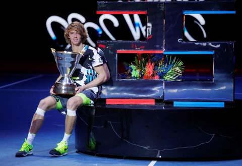 Rublev wins St Petersburg Open